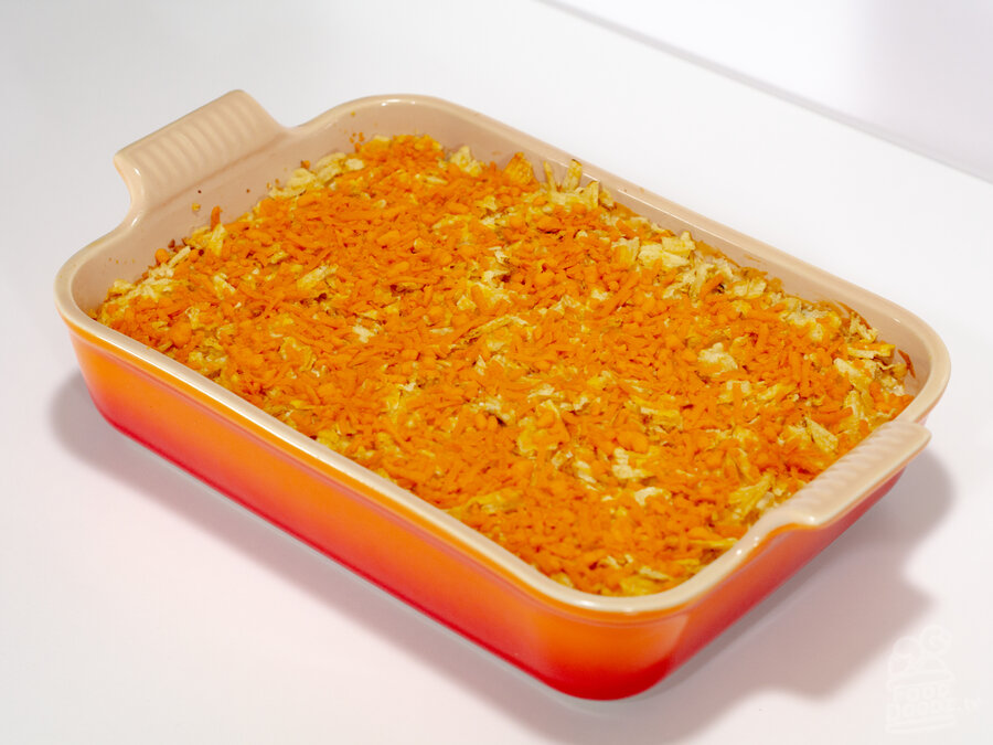 A retro themed holiday casserole dish of mouth watering proportions. This ain't your grandma's hashbrown casserole. This vegan one will make ya famous!