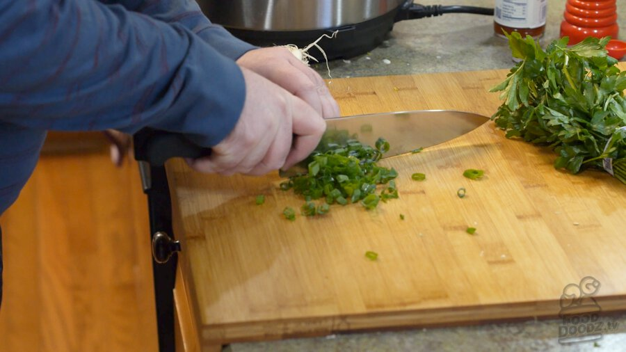 Chopping up green onions