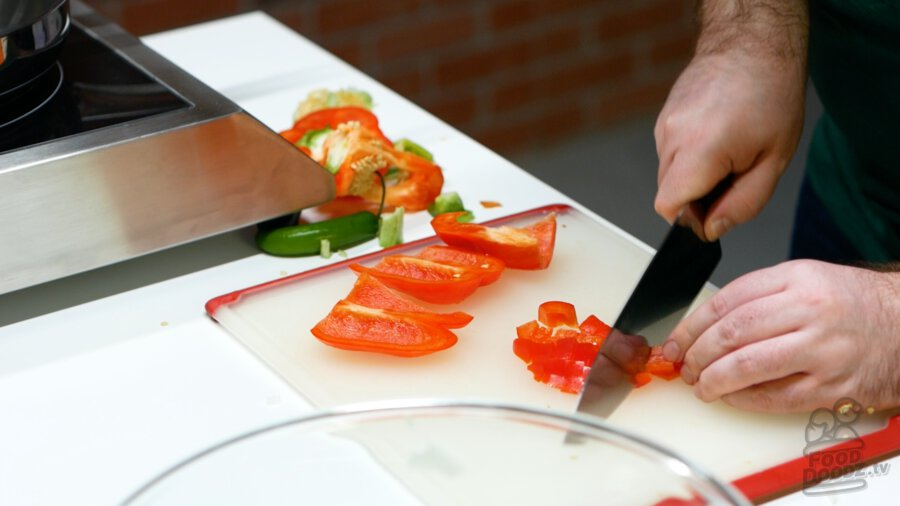 Cutting up bell peppers
