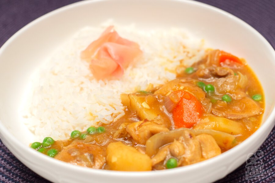 A bowl of delicious quick Japanese chicken curry.